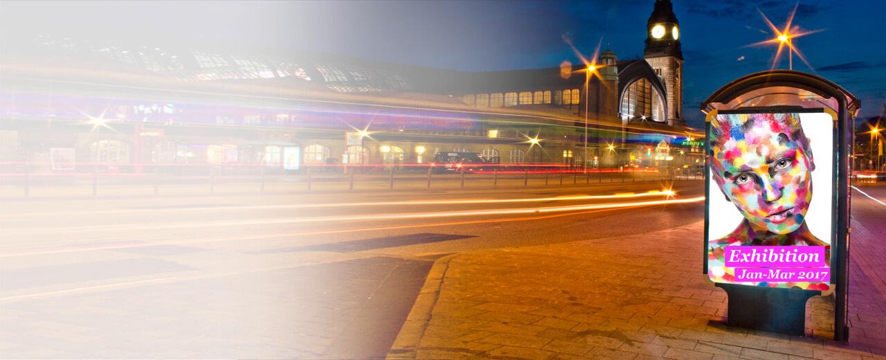 City Light Poster Eine Bushaltestelle mit Lichtwerbung