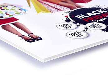 Ein Werbeschild auf Leichtschaumplatte gedruckt