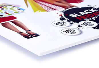 Ein Werbeschild auf Forex gedruckt